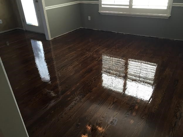 roll polyurethane on hardwood floors